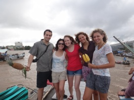 A bunch of awesome travellers we met at the Mekong Delta